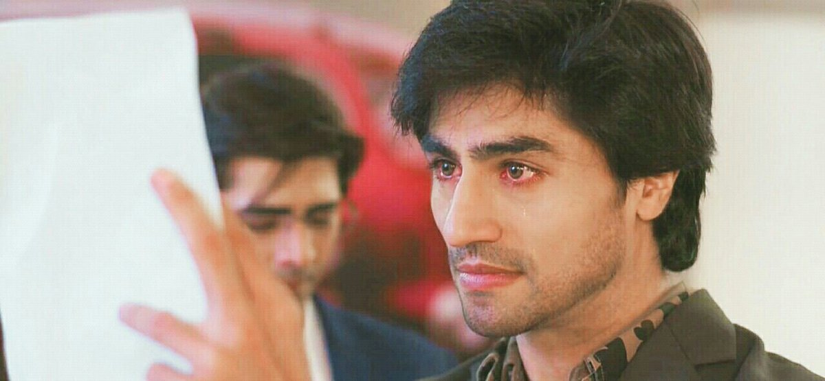 The eyes cannot speak audibly, but they still speak volumes. And Harshad manages to emote through his eyes so well, that words are not needed. Whether it be pain, anger, happiness, mischief or   anything else. (Per Sold Awards walon ki eyes nae hein naa) #HarshadChopdaWonHearts<br>http://pic.twitter.com/sW0Vwsitpk