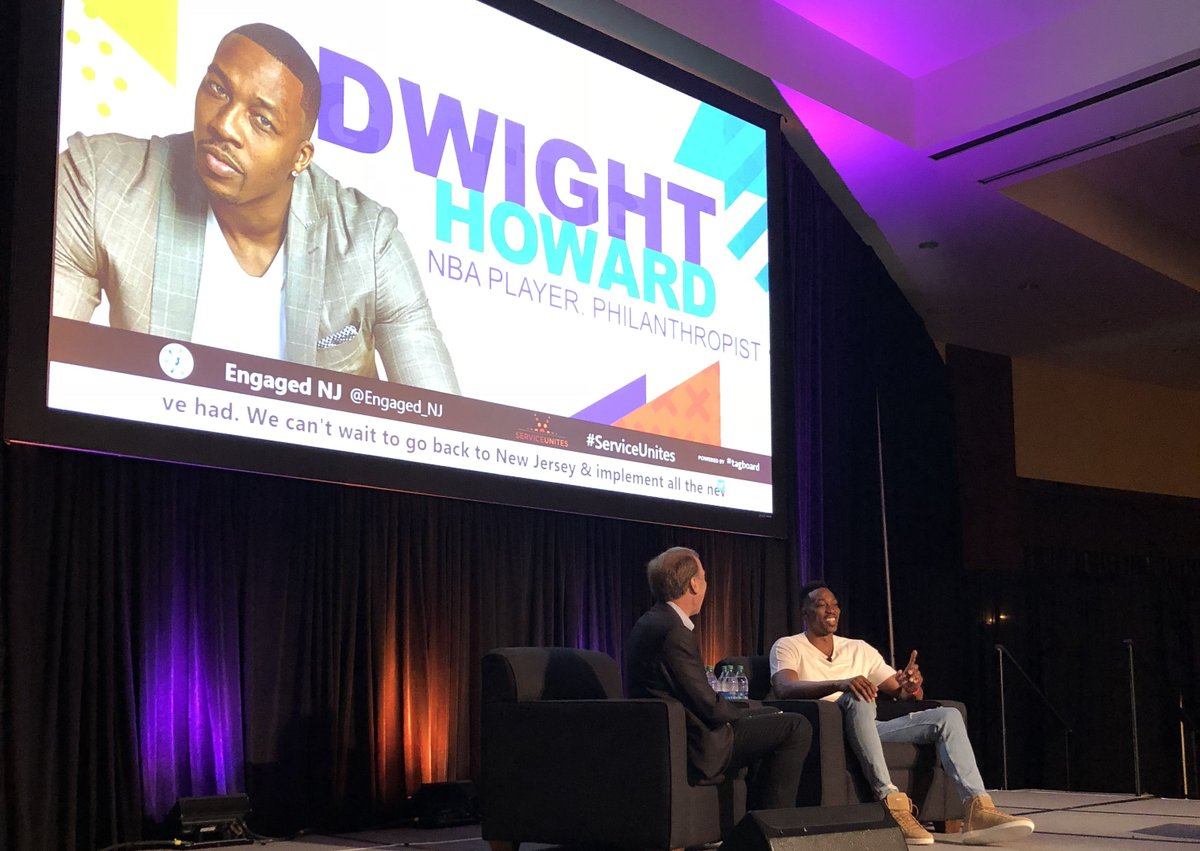 """""""It's important that we spend time with kids in our communities. Time is very valuable; the best gift you can give anybody is time. When you give your time, it's something that goes a very long way."""" - @DwightHoward @D12Foundation #ServiceUnites https://t.co/SPZKALS5Xt"""