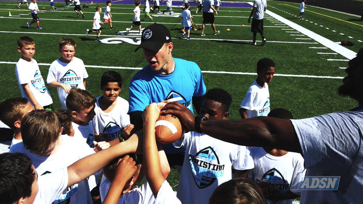 Loved covering the Youth Football ProCamp led by @Panthers standouts @run__cmc &amp; @LukeKuechly. 300+ 1st-8th graders spent 2 days w/ the NFL stars to learn football fundamentals, practice drills, &amp; have fun! Check out the video here!  https:// m.youtube.com/watch?v=Pm1aCr RSyOQ &nbsp; … <br>http://pic.twitter.com/FEr4ldo4AP