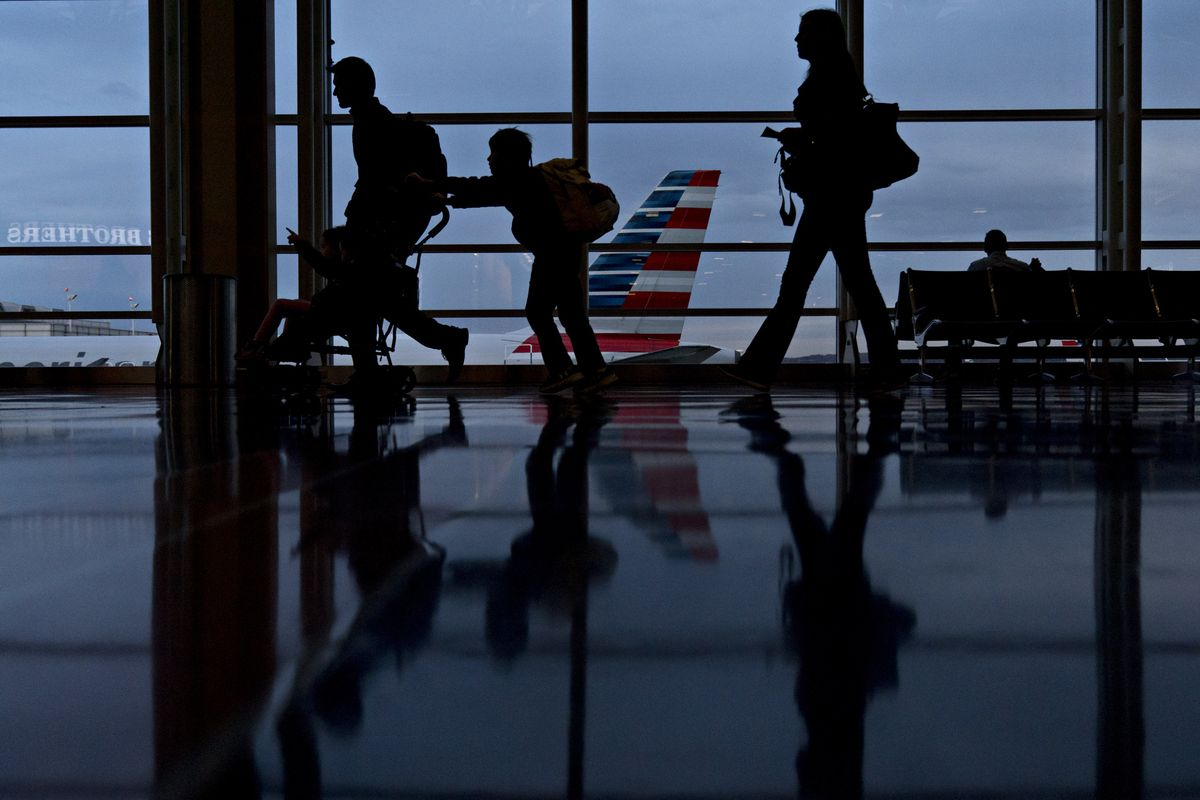 American Airlines asks U.S. not to put detained children on its flights https://t.co/0ZOl66Tnzw