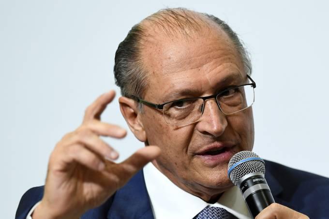 Alckmin se reúne com Crivella por aproximação com o PRB https://t.co/g37WNQYuMM