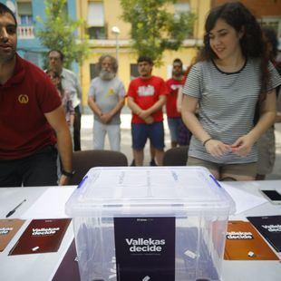 ¿Quiere que España sea una República? Vallecas vota este fin de semana #FelizJueves Photo