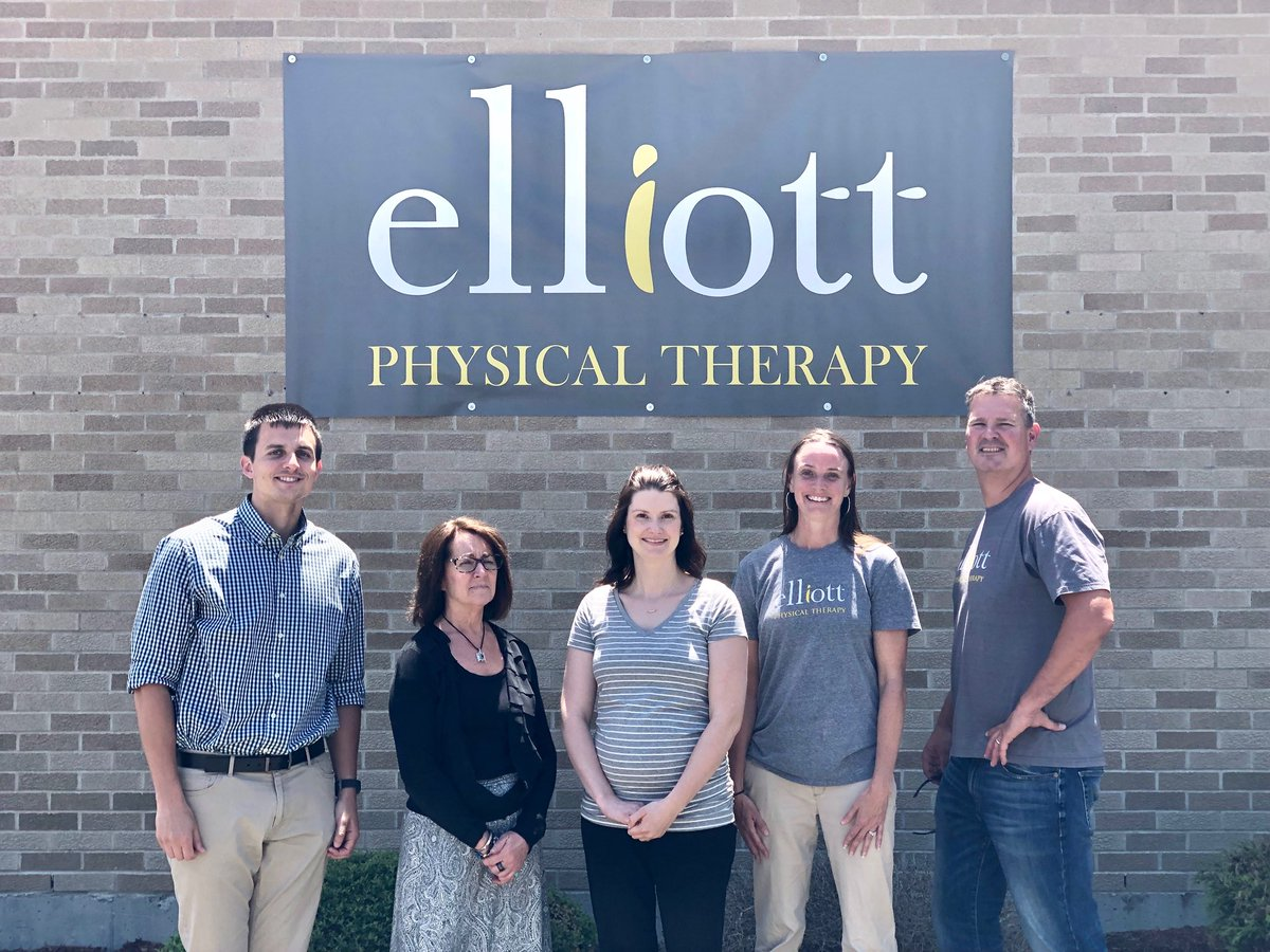 Temporary signs are up in Easton/Brockton! #brockton #easton #physicaltherapy #elliottpt #elliottphysicaltherapy<br>http://pic.twitter.com/73Y6W2mNbh