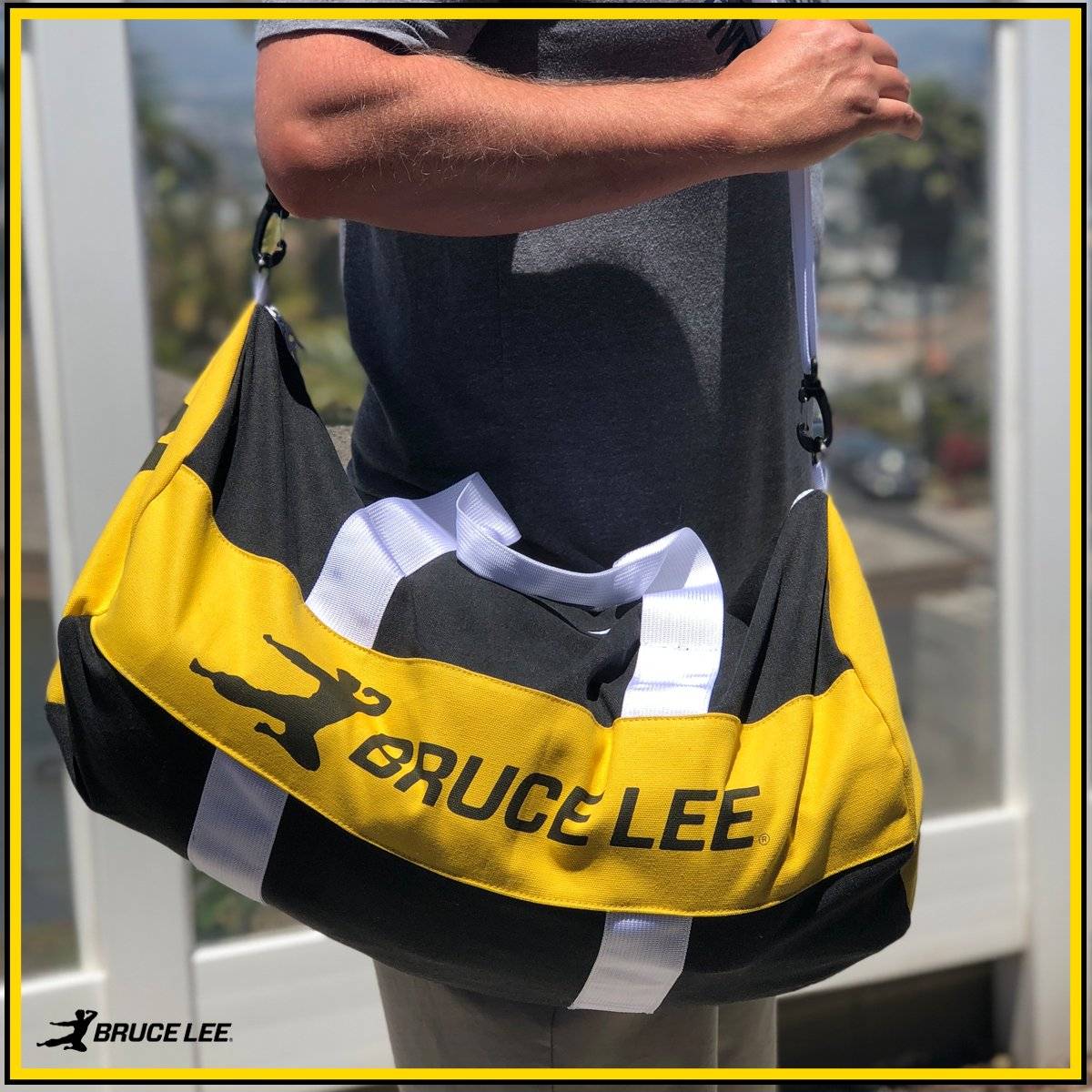 """Bruce Lee on Twitter: """"Loving this bag! It fits all of my ..."""
