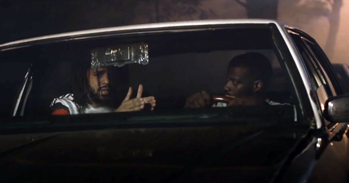 See Jay Rock and J. Cole pull off an armed robbery in the unsettling video for 'OSOM' https://t.co/kJEzPf4UF6 https://t.co/TEh0UkBSye