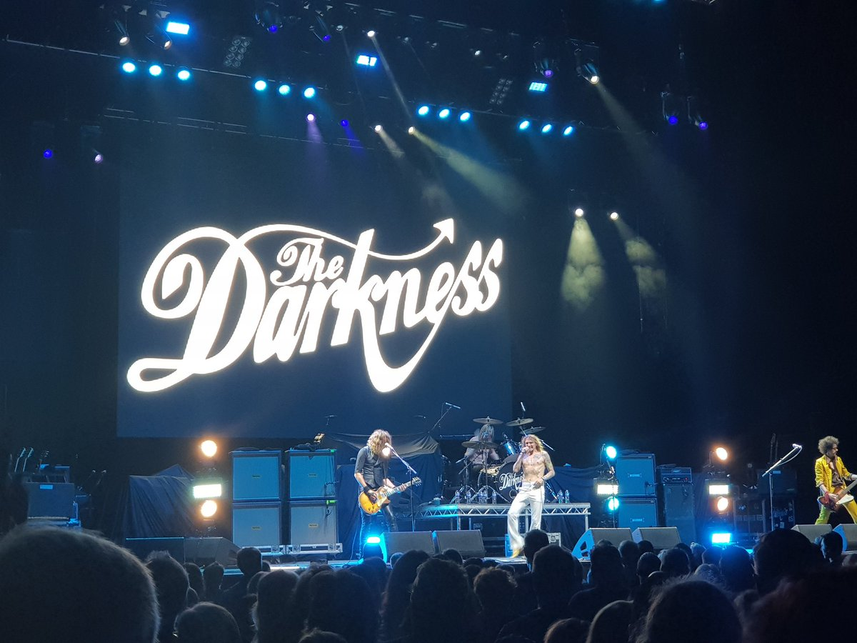 @thedarkness please release #LiveAtWembley cant wait! #LiveAtHammersmith