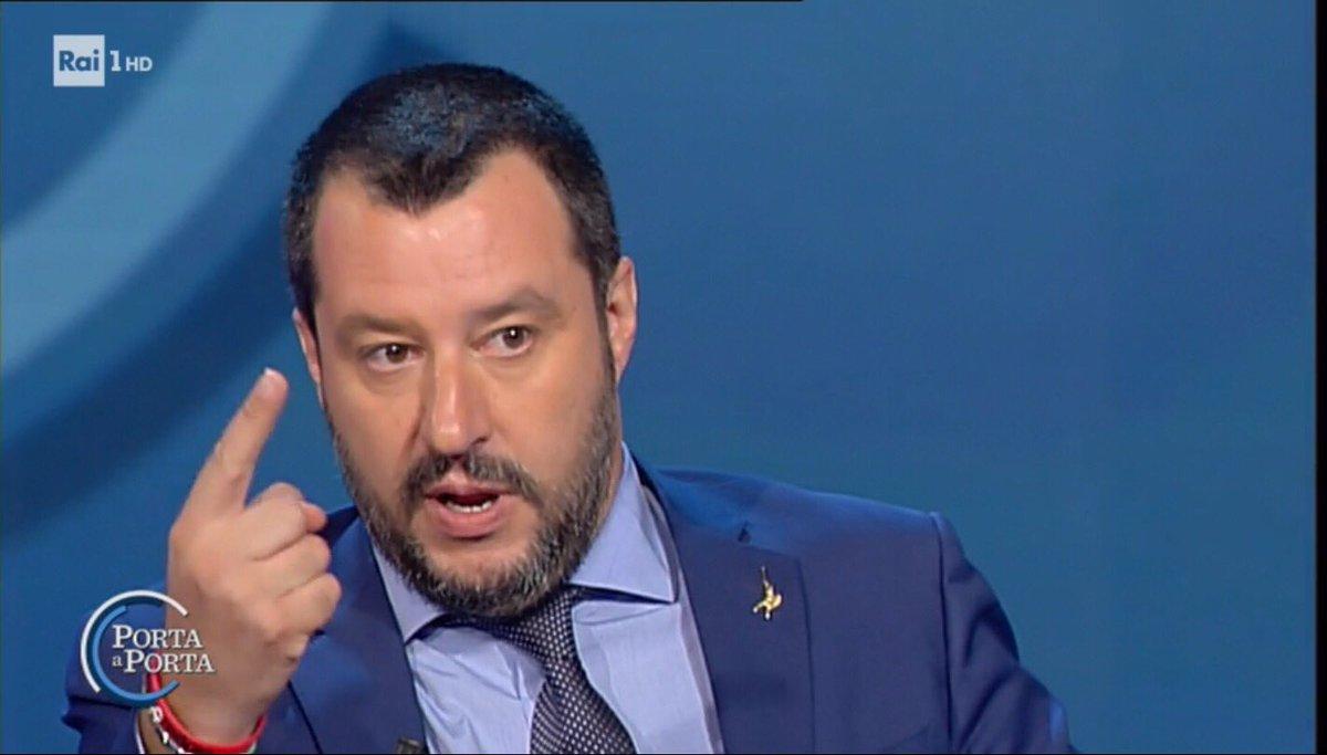 #Salvini: Ogni volta che faccio qualcosa arriva l'Internazionale dei ROSICONI che sta andando avanti a Maalox dal 4 marzo. Se ne facciano una ragione. #portaaporta  - Ukustom
