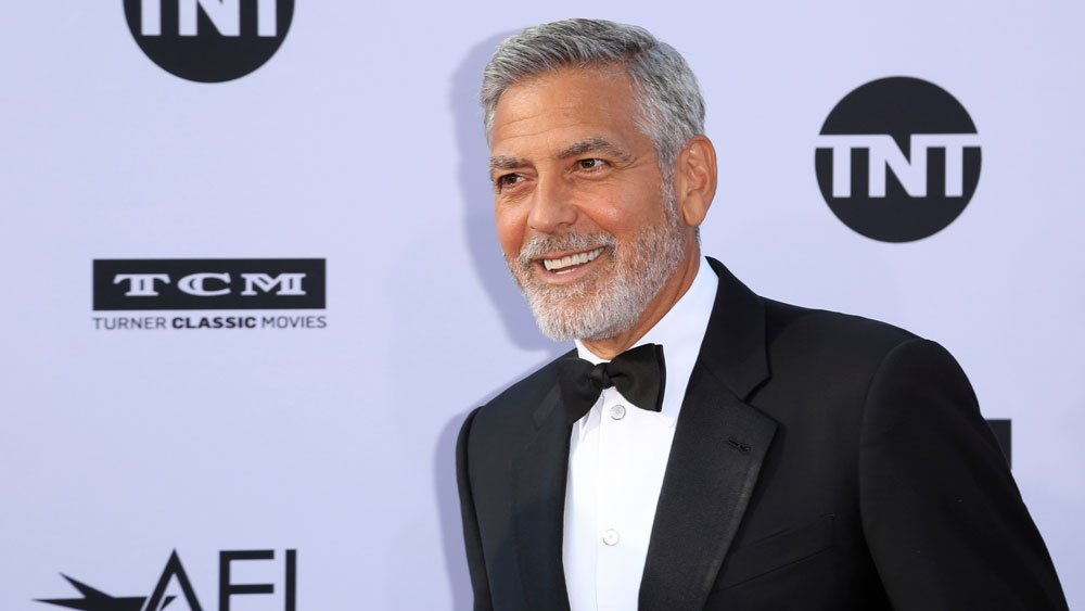 George Clooney is in negotiations to direct the science-fiction thriller 'Echo' https://t.co/RFhbmCB96t https://t.co/lIECENnxcW