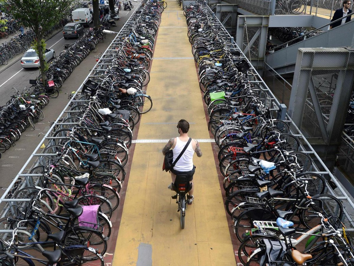 test Twitter Media - Netherlands considering paying people to cycle to work to cut congestion and pollution https://t.co/daUCzTyvYV https://t.co/oZ42wI90ap