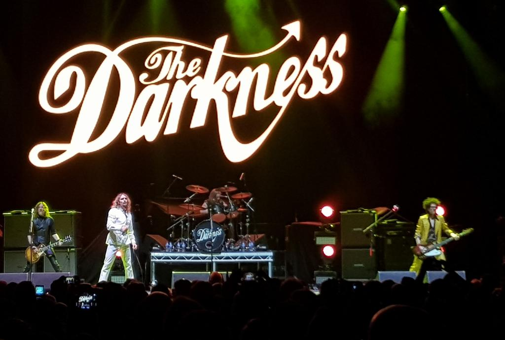 That was epic @thedarkness