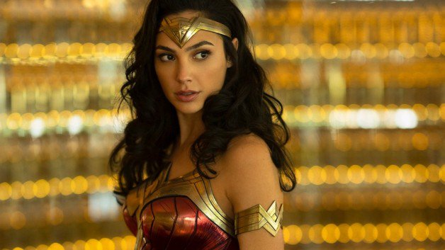 New 'Wonder Woman 1984' Set Photos Shows Off Action On Pennsylvania Avenue https://t.co/HtP46y1jB4 https://t.co/3RvHpG34yT