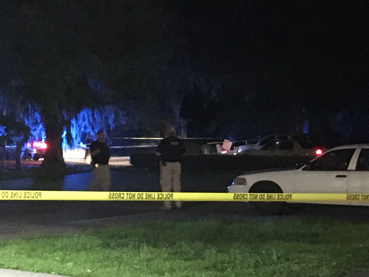 #BREAKING: Deadly Officer-involved shooting in Kingsland. The GBI is on the scene investigating.