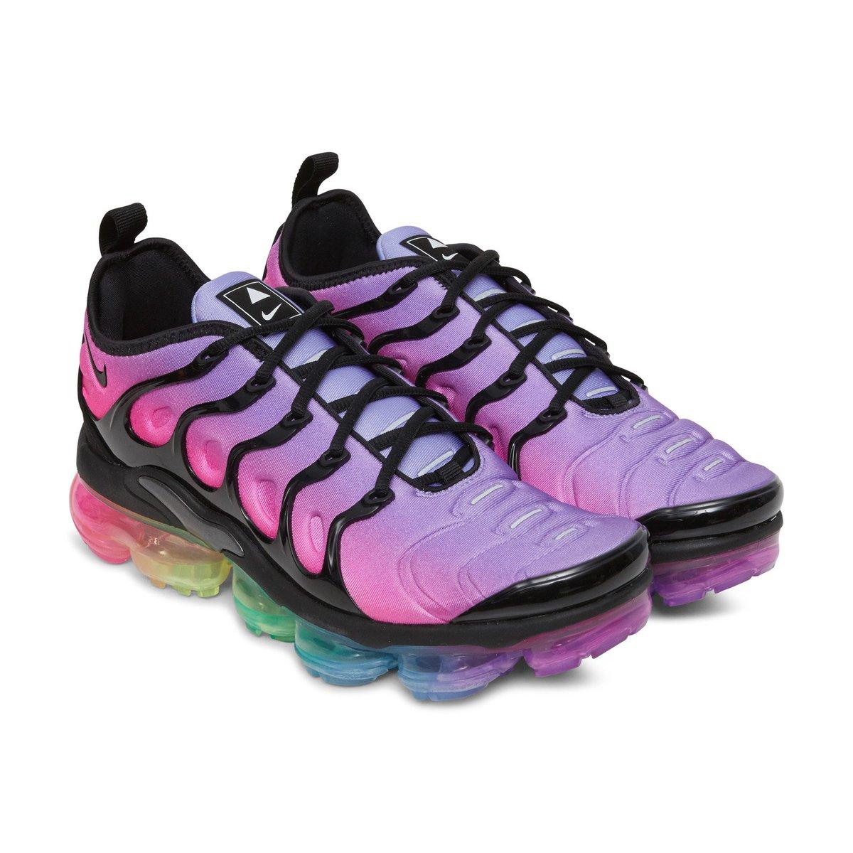 b2e2047565a5e MoreSneakers.com on Twitter