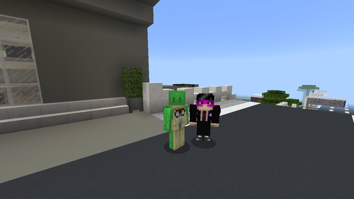 Thanks to @MrSenpaiPlayzYT for guide me tour me around His City Building...its been while seen i visit Mrsenpai city...=) #MCSH<br>http://pic.twitter.com/9geVX2KCpE
