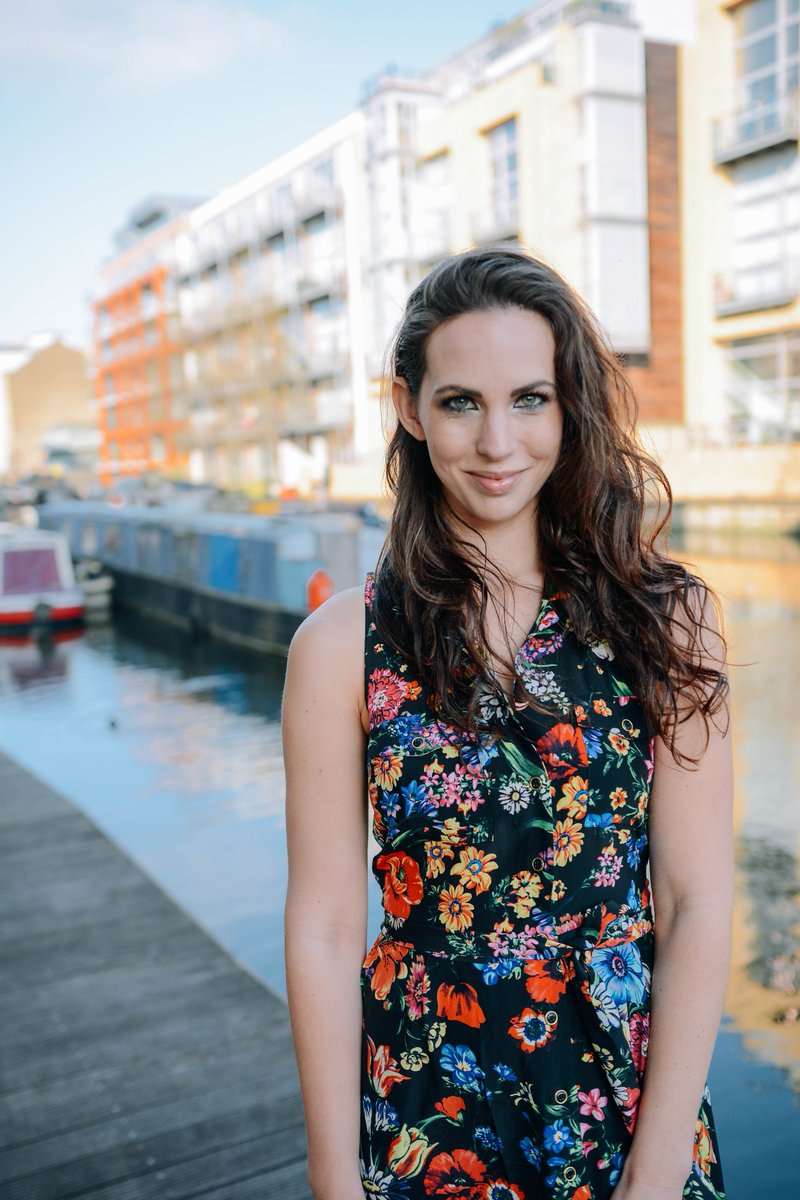 female dating coach london ashburn dating
