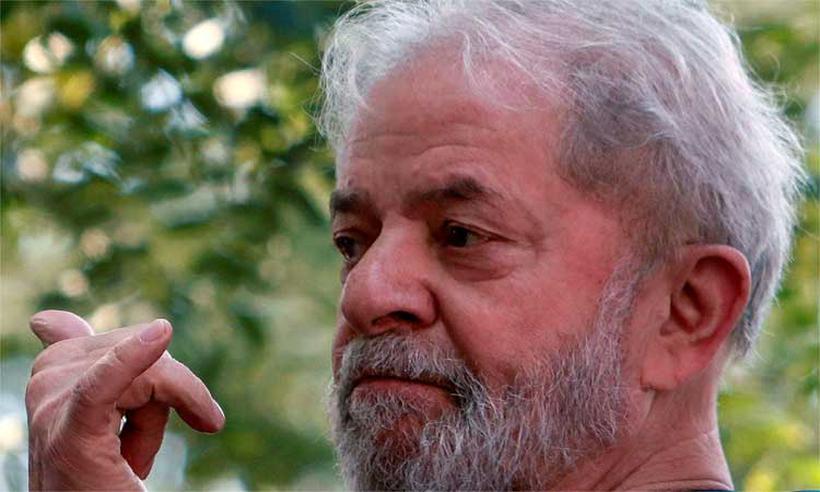 Lula poderá ser candidato com medida cautelar, diz professor de Direito Penal https://t.co/KHUvc3GP62