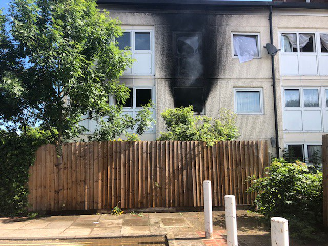 Our 999 control officers received 13 calls to #Hounslow flat fire #ThisWeek https://t.co/goK7veORhU