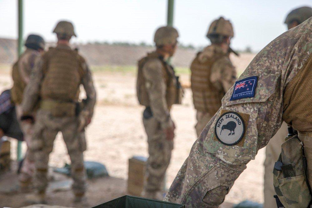 جهود التحالف الدولي لتدريب وتاهيل وحدات الجيش العراقي .......متجدد - صفحة 2 DgNF5joUwAEPH4M