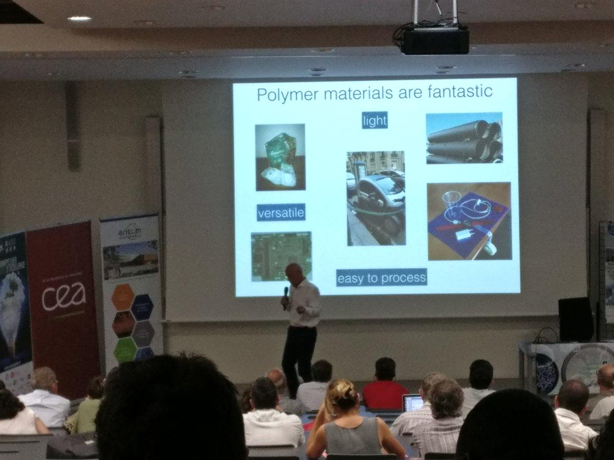 Last talk of #BalardChemistryConferences : L. Leibler from @ESPCI_Paris about vitrimers.