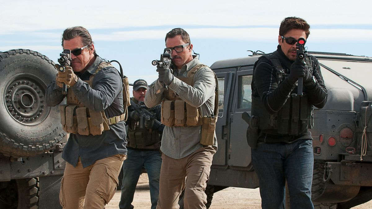 """Empire Magazine op Twitter: """"Sicario 2: Soldado — read the Empire review of Stefano Sollima's captivating sequel. https://t.co/iRFpfVfHeh… """""""