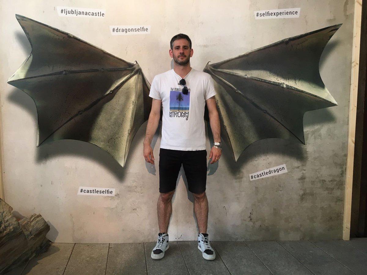 Un doctorant de @LRSY_ville @UnivNantes @PolytechNantes prend son envol à #Ljubljana lors d\