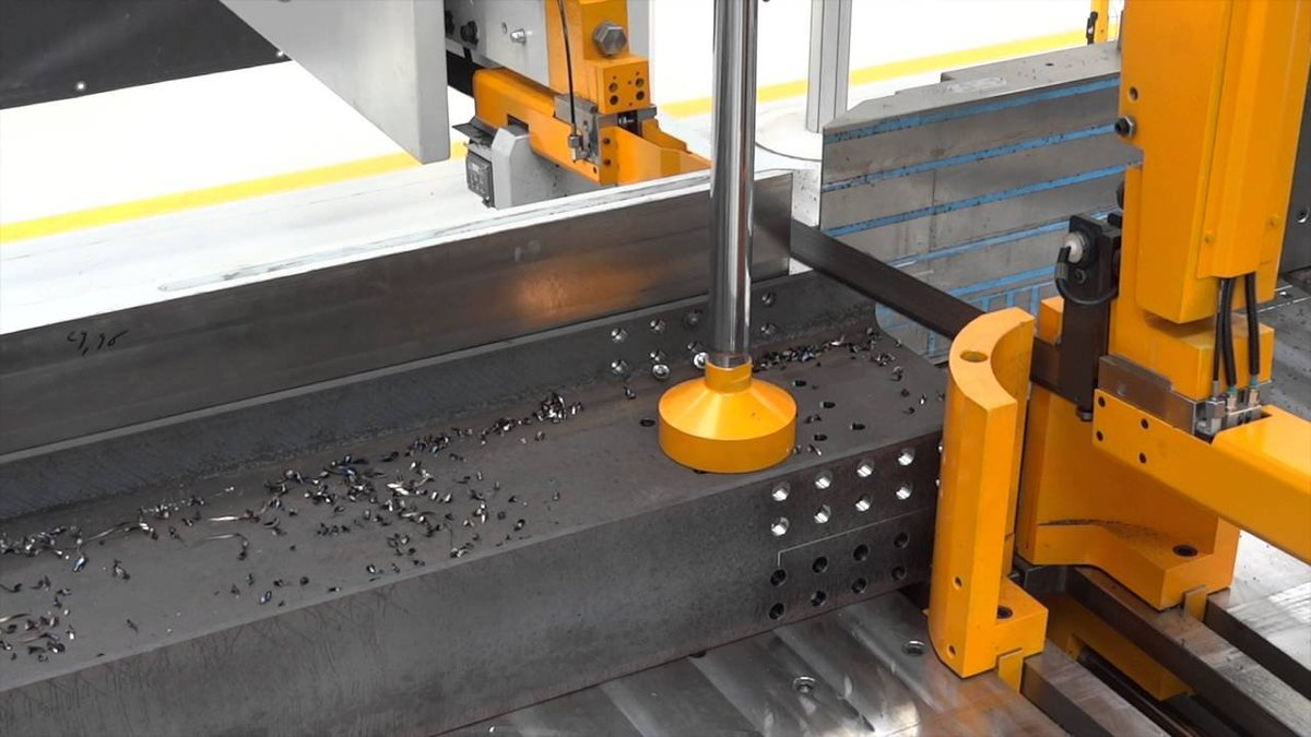 Our Ficep Endeavour is impressive when processing plate, beams and shaped rolled sections. Laser measuring ensures high precision accuracy, with material being processed 30-40% more efficient than traditional techniques.    https:// buff.ly/2MxIwsi  &nbsp;    #ukmfg #EngineeringUK #steel <br>http://pic.twitter.com/hNR3ah0rQX