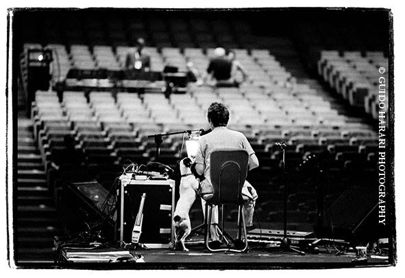SAVE THE DATE! PERUGIA, WALL OF SOUND exhibition opening on JUNE 28, at Galleria Nazionale dellUmbria. The show features over 114 photographs by yours truly, and will close on August 23. Photo: Guido Harari, Laurie Anderson and Lolabelle, Torino, 2002.
