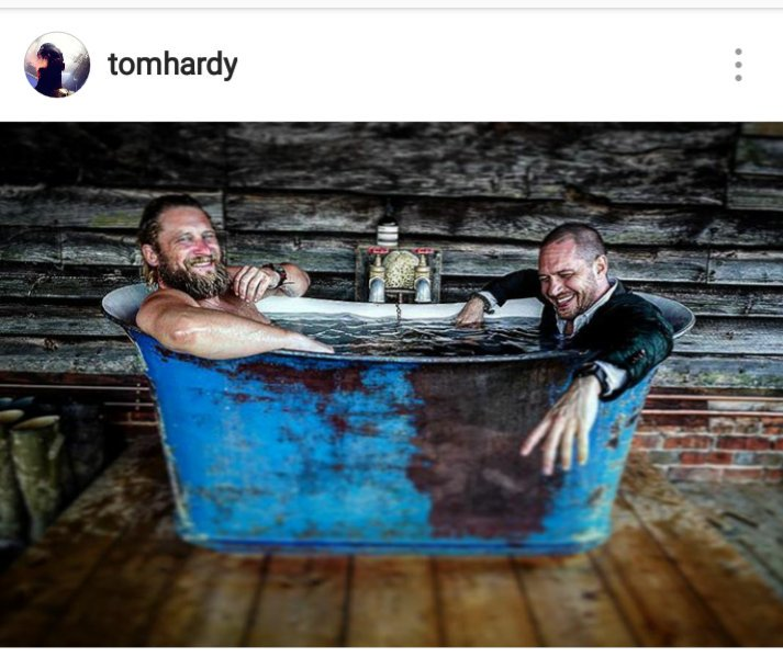Gracias universo por juntar a Tom Hardy y Greg Williams. <br>http://pic.twitter.com/GTjz8JmnqO