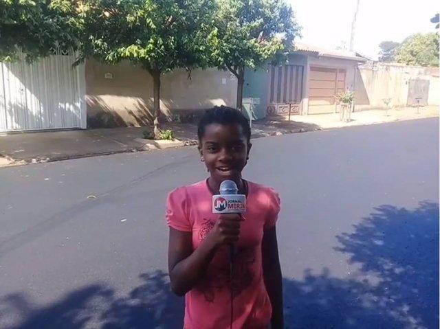 >@Emais_Estadao Repórter mirim de Ribeirão Preto comemora rua asfaltada após denúncia https://t.co/dUN9ZWJAUO