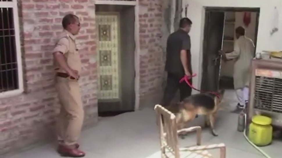 Robbery at residence of judge who convicted Lalu Prasad Yadav in fodder scam; cash, jewellery stolen  https://t.co/3CUmlOrlfG