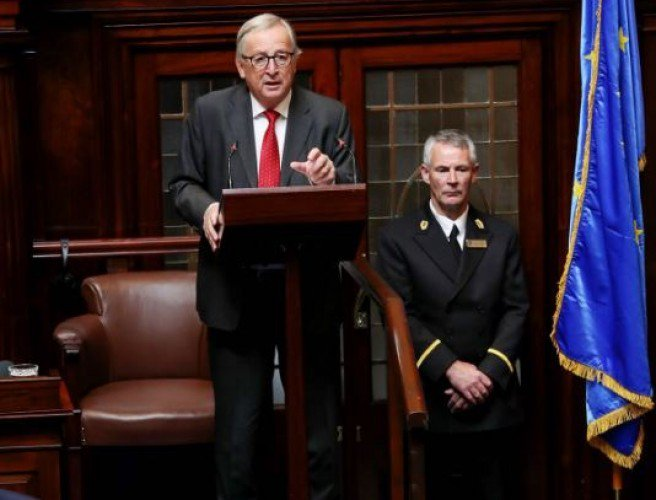 Jean-Claude Juncker has told the Dáil: 'Every line, every letter' of the Good Friday Agreement must be respected in #Brexit: https://t.co/wCMXFkLk9r