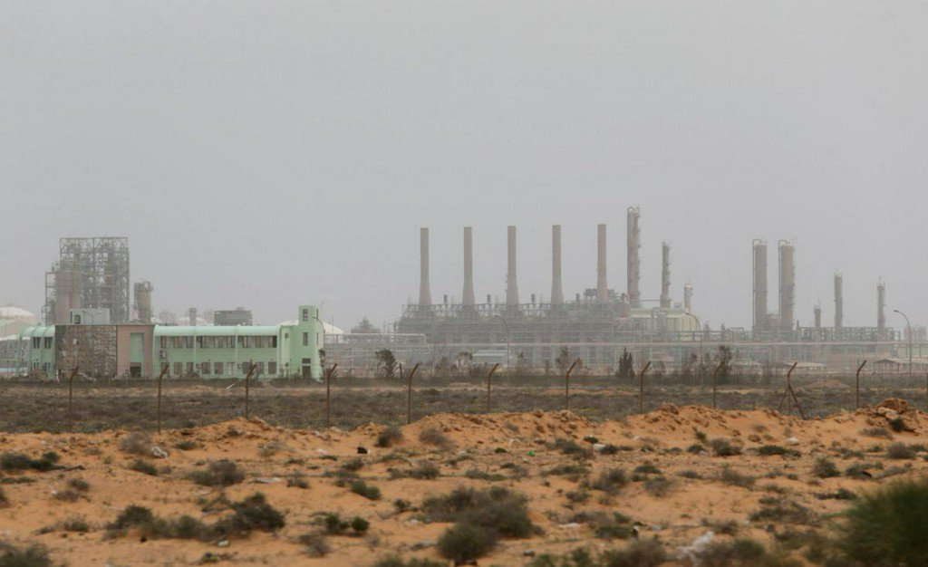 East Libyan forces advance rapidly to retake key oil ports https://t.co/pc1cGDMMgJ https://t.co/vpl04ZL0uk