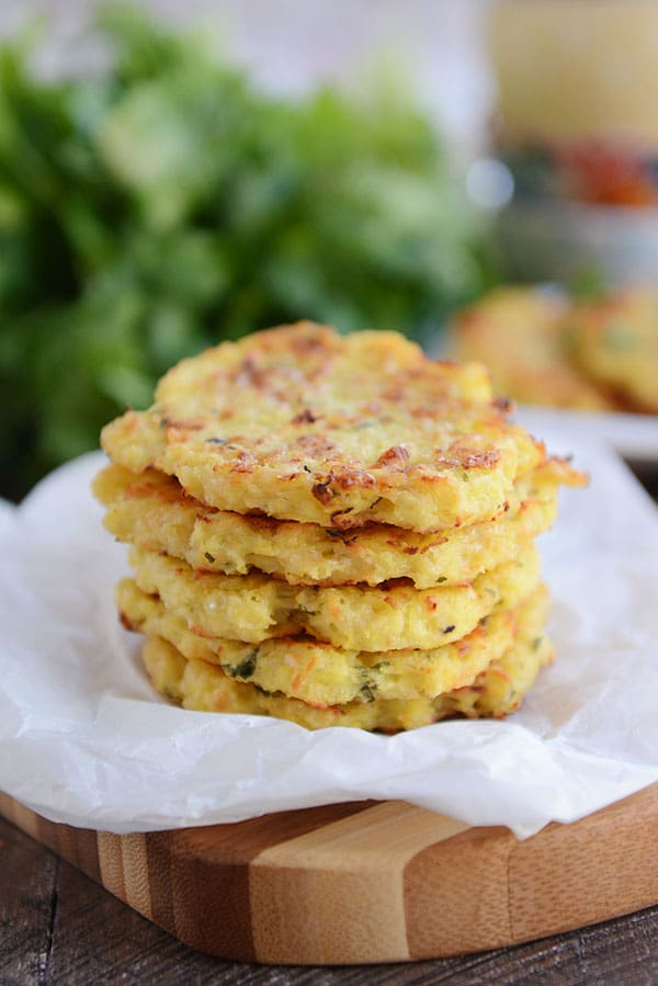 Please RT! #recipes #food #dessert Baked Parmesan Spaghetti Squash Fritters https://t.co/81l8UHaGgx https://t.co/EoRUtbY4a5