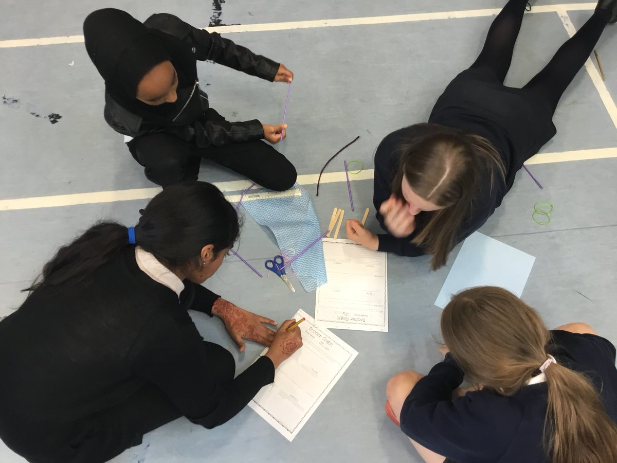 Great teamwork from the Currie Cluster P6s at their STEM Transition event. This World Cup challenge had us thinking about forces, materials, design, measure and more! #STEM #RAiSEScot @NethercurriePS @JuniperGreenPS<br>http://pic.twitter.com/p0bnYtP9vE