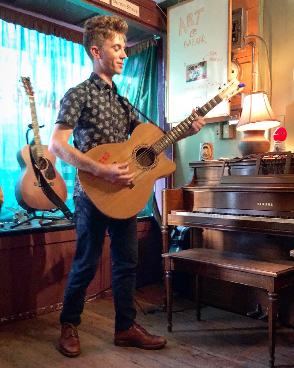 """The acoustic guitar beckons for tonight's show at the Octopus. Once, I almost bought a """"Mickey Mouse Sings Country &amp; Western"""" LP there, but had premonitions of buyer's remorse and bailed. Now I regret not buying it. Go figure. Show at 7PM Don Shearer #singersongwriter #oakland<br>http://pic.twitter.com/IUzMvoN4z4"""