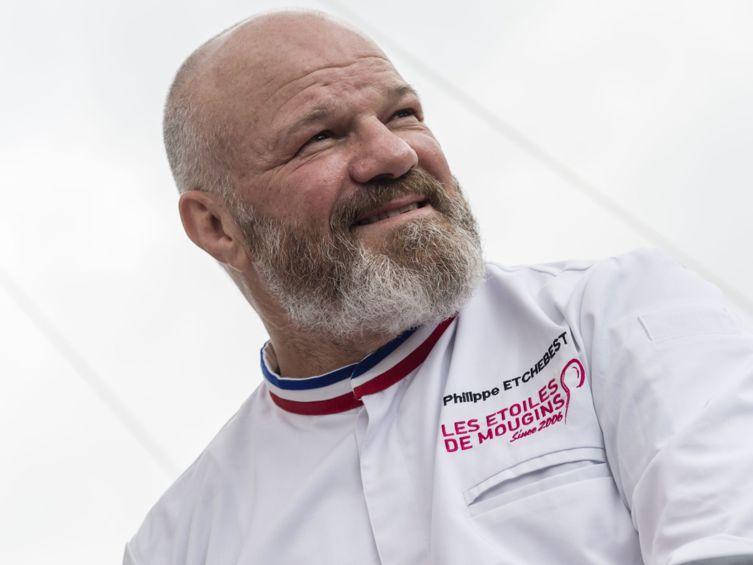 Philippe Etchebest (Top Chef) sur scène pour la Fête de la musique à Bordeaux http://bit.ly/2JXvoz6  - FestivalFocus