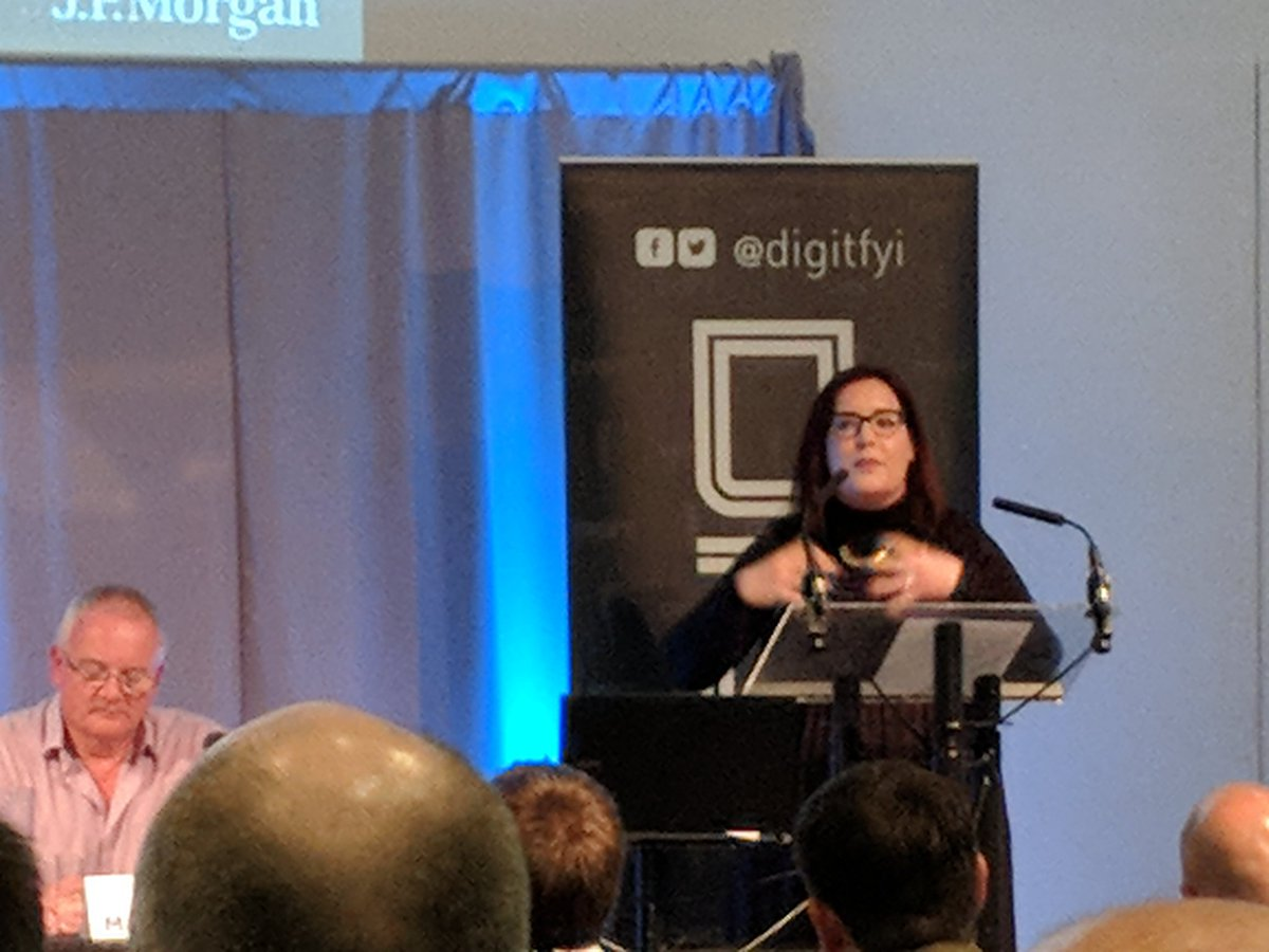 Clearly passionate about moving society and individuals forward through tech, @Lynsbee80 @jpmorgan Code for Good, there&#39;s lots of room for collaboration with charities, gender diversity &amp; STEM for kids. @Scot_WIT #DIGITLEADERS Amen!<br>http://pic.twitter.com/YgsDWxMMEc