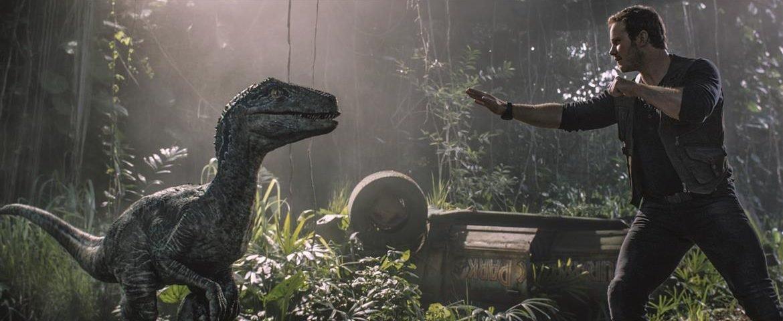 Além do belo senso estético do diretor J.A. Bayona, outra vantagem do novo Jurassic World reside em sua decisão de abraçar de vez o gênero 'terror'. Minha crítica: https://t.co/4Tu8ZmzUSL