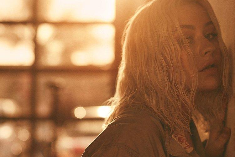 """Christina Aguilera mostra lyric video sexy e dançante de """"Like I Do"""" >> https://t.co/U5TUZw2B89 https://t.co/LfqcMayPu0"""
