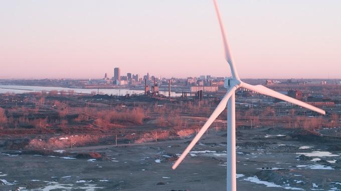Wind turbines on the former site of Bethlehem Steel