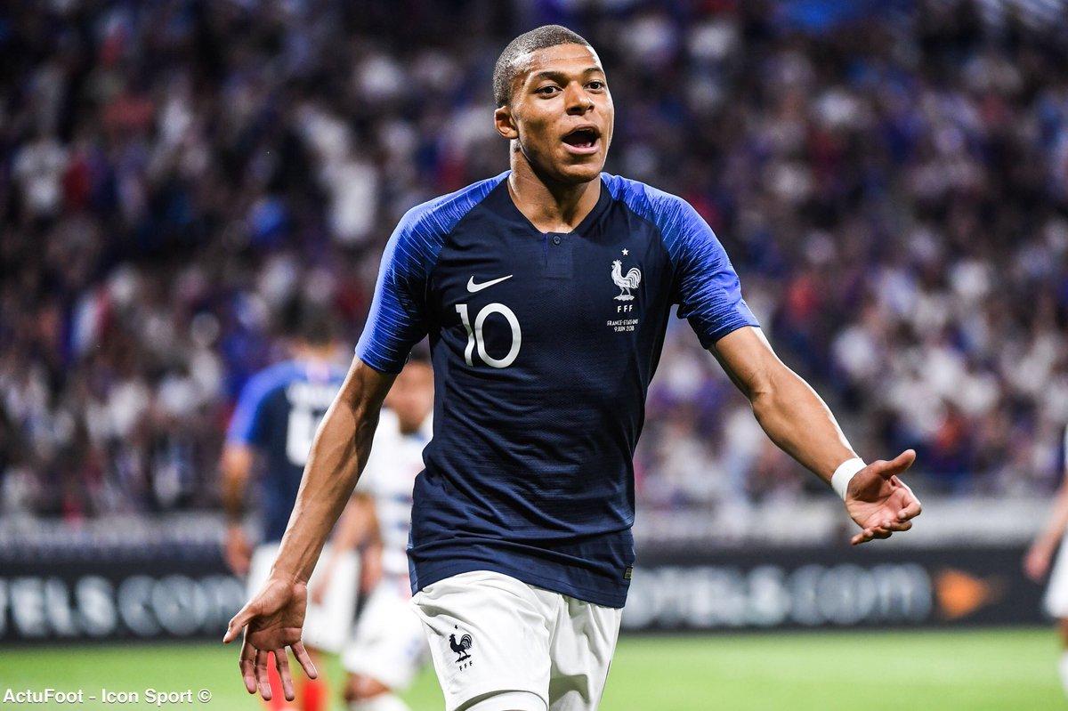 Kylian Mbappé (19 ans et 183 jours) devient le plus jeune buteur de l'histoire de l'équipe de France dans une compétition majeure ! 🇫🇷🔥