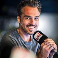 Hey la #TeamInsomniaque 🚫😴 C'est le moment d'écouter 🎧  #MiklSurNRJ 😝 Vous êtes chauds ce soir ???🔥🔥😏 #NRJ #Mikl