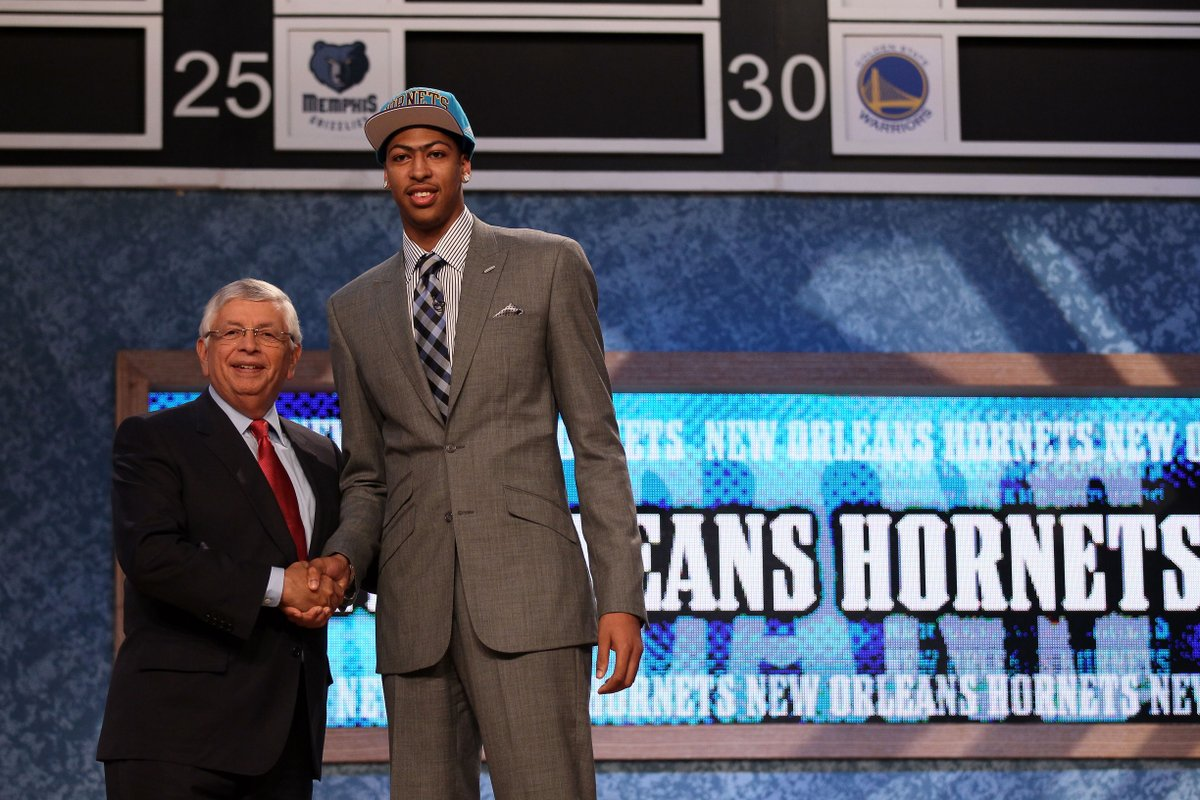 Shout out to all the draftees tonight. Enjoy the ride! #TBT #NBADraft