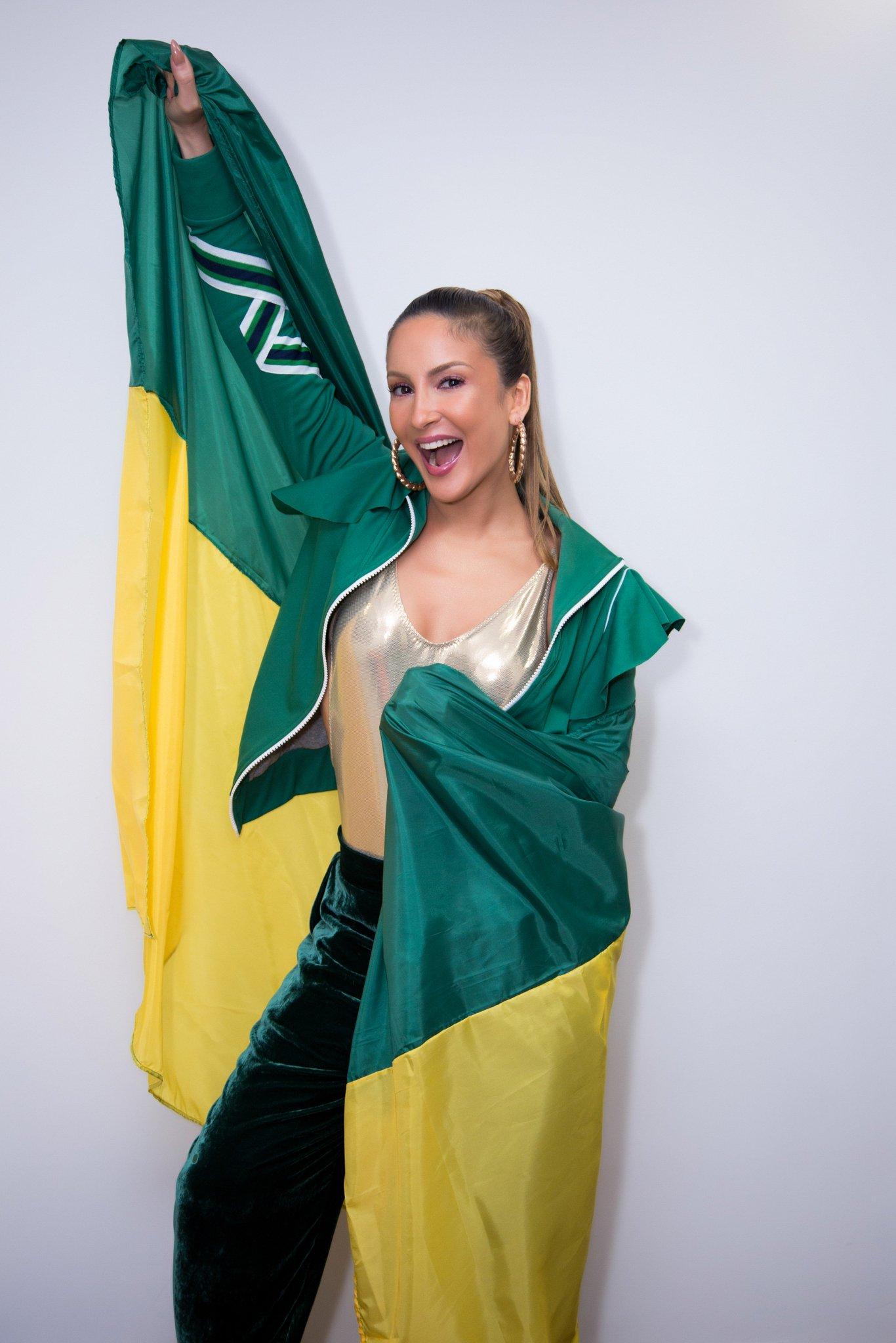 Pode ter o Brasil inteiro na torcida. Pode acreditar, pode torcer! Bora, Brasil! ���� #PodeTerTorcida https://t.co/Xye28Hq2Ef