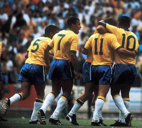 337e057a5d Selefogo É tri! hoje também é aniversário de 48 anos de mais um título  mundial que o brasil deve ao botafogo! na copa do mundo do méxico
