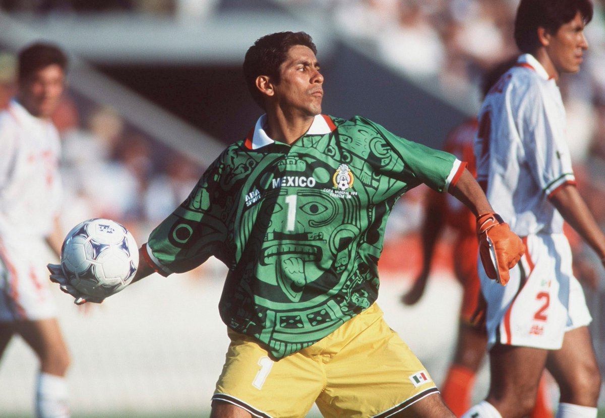cd4ec3282 retweeted fox sports pr after today s action make sure to catch former  mexico goalkeeper jorge