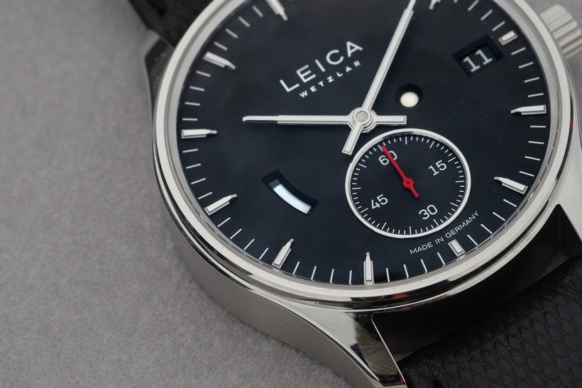 Leica Moves Into Watch Business https://t.co/yB1Z6bkVbR https://t.co/FbzmcW9m5Q