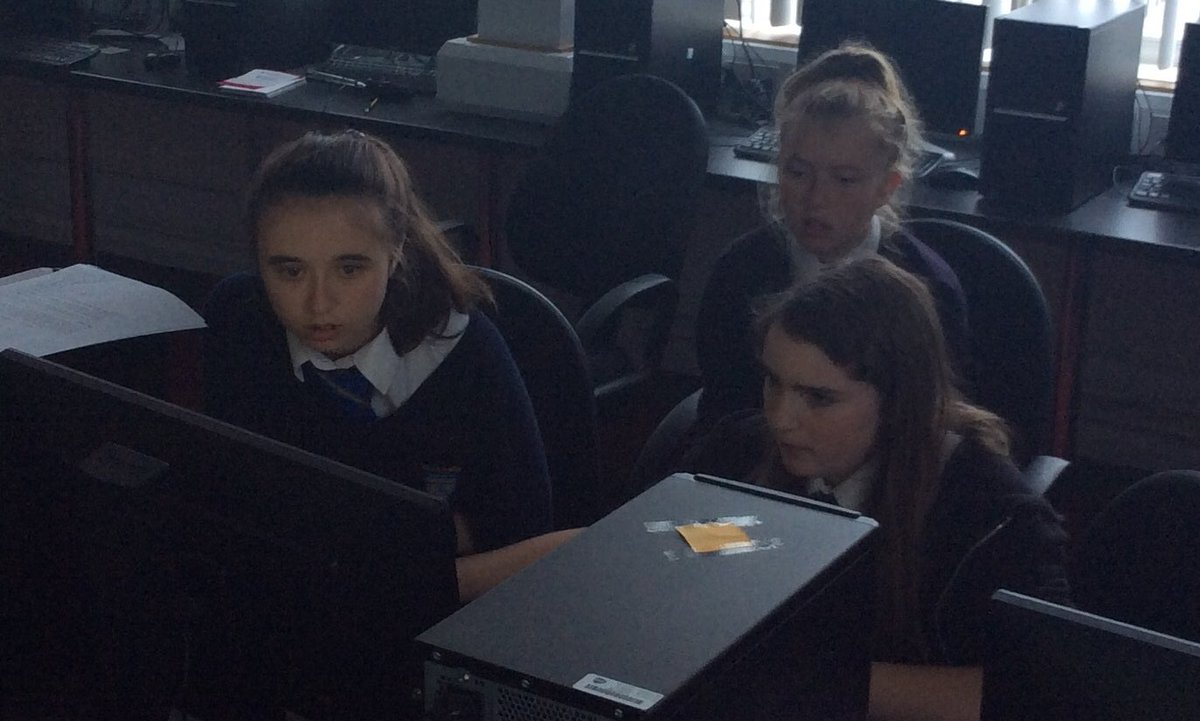 Our @teentechevent finalists have become programming wiz kids with help from @UWTSDComputing @UWTSD thank you for your support<br>http://pic.twitter.com/Myk32n5UPT