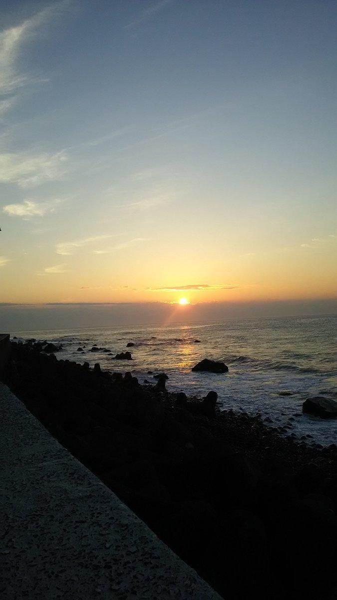 海の目の前の旅館でよかった。海で日の出を見るの初めてかも!