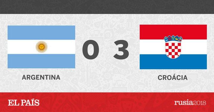 #Copa2018    Eles chegaram de novo! Em contra-ataque, Rakitic teve o chute defendido por Caballero. No rebote, Kovacic, na frente do gol, rolou para Rakitic só empurrar. Que passeio! Siga ao vivhttps://t.co/hvoEnPJkXSo